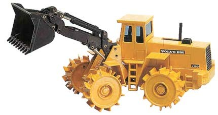 Volvo L160 with Compactor Wheels