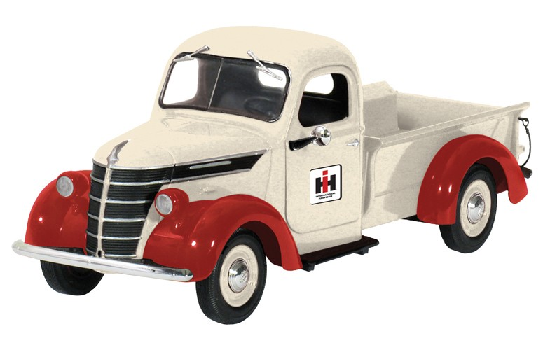 1938 International D2 pickup white/red with I.H. Dealer logo
