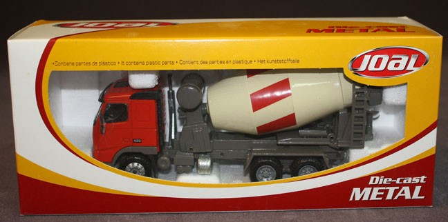 Volvo FH 12-420 cement mixer red