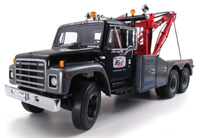 International S series truck with Ernest Holmes wrecker body