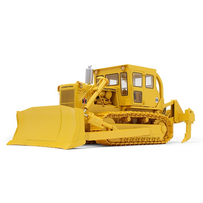 International Harvester TD-25 Dozer with Enclosed Cab and Ripper