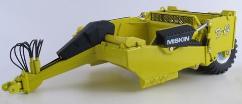 Miskin D-19 pull scraper