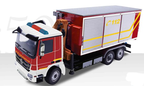 Mercedes Actros with roll off fire rescue body