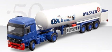 Mercedes Actos T/T gas tanker