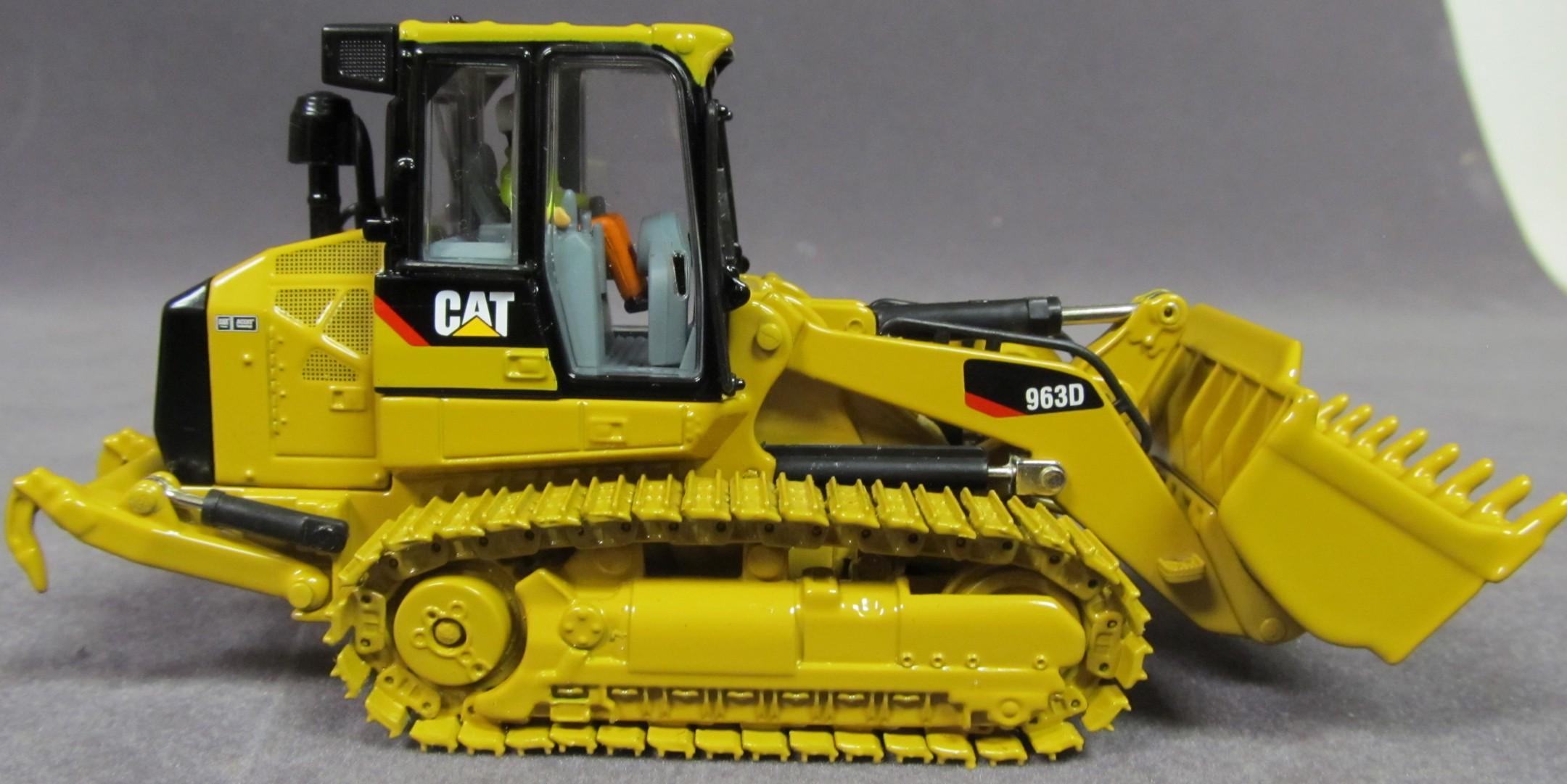 Caterpillar 963D Track Loader