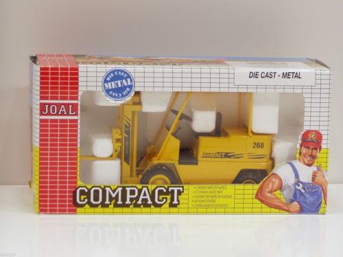 Compact #268 Lift Truck