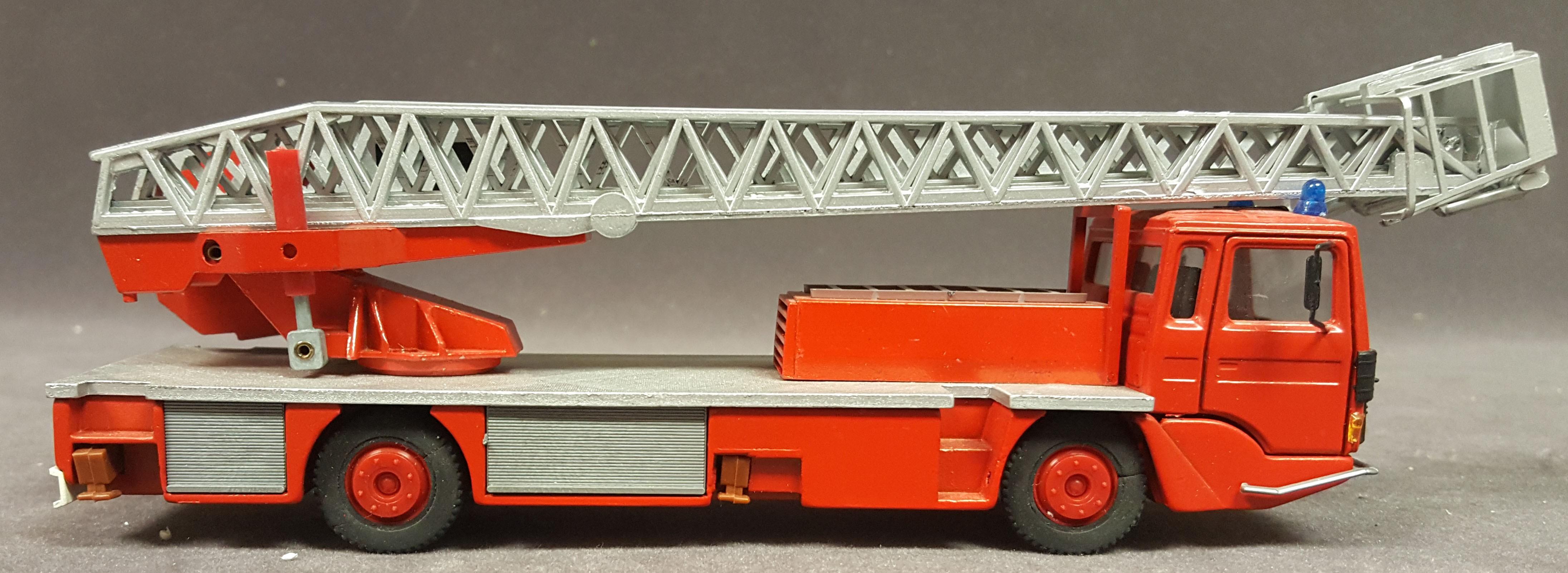EPA 30 s fire truck