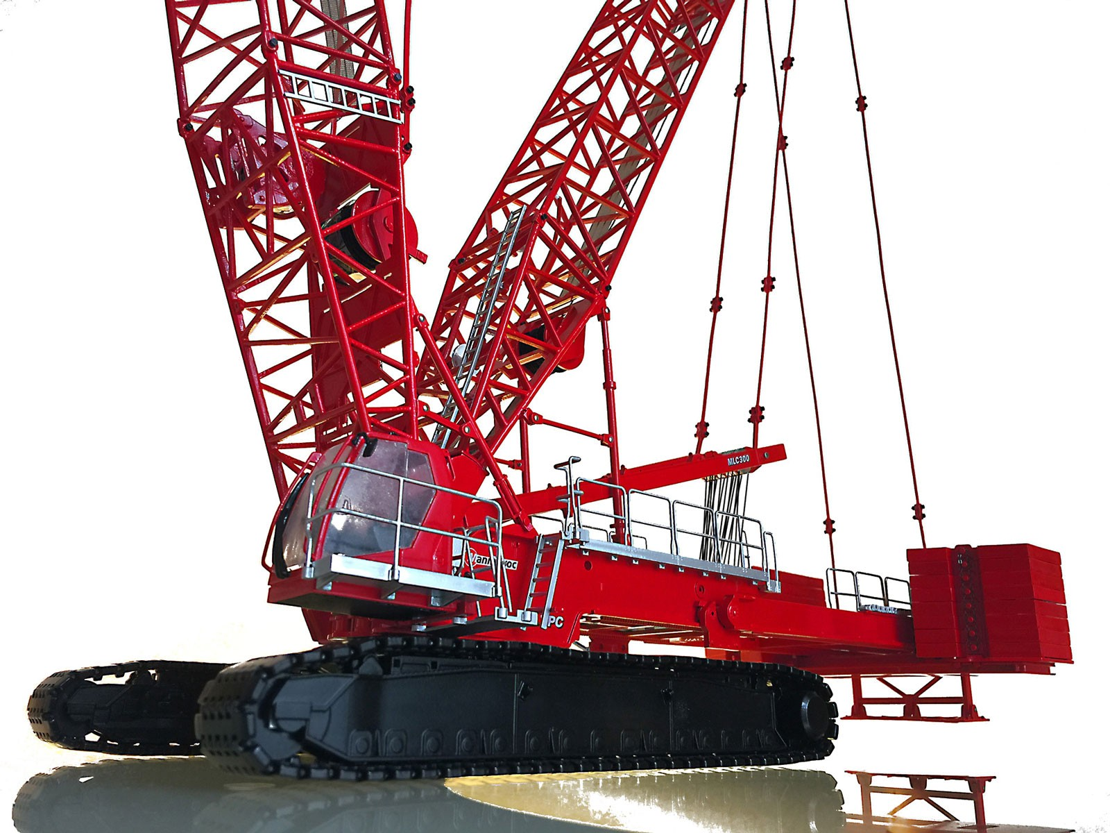 Manitowoc MLC300 Lattice Boom Crawler Crane w/VPC