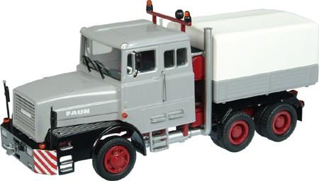 Faun L1206 heavy haulage tractor