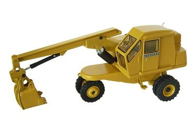 Liebherr L 300 wheel excavator