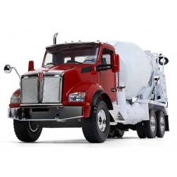 Kenworth T880 with McNeilus Standard Mixer