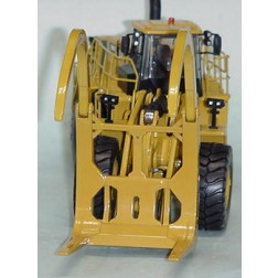 Caterpillar 988K with log tongs