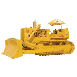 INTERNATIONAL TD-25 DOZER WITH HITCH AND UMBRELLA