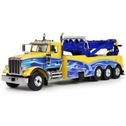 Peterbilt 367 with Century Rotator Wrecker