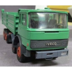 Iveco 4-Axle Low-sided Dump Truck-DAMAGED