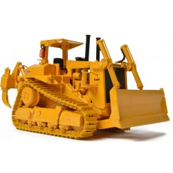 Cat D10 Track-Type Tractor With Push Blade – Die-Cast