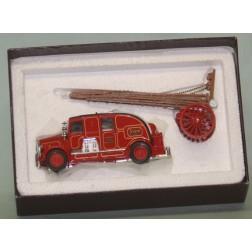 1936 Leyland Cub fire engine Matchbox Model of Yesteryear