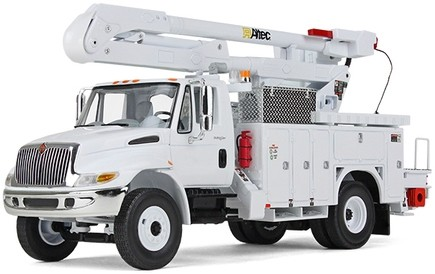 International DuraStar with Utility Bucket Body