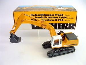 LIEBHERR R 954 LITRONIC EXCAVATOR