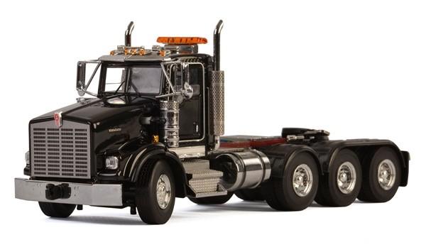 KENWORTH T800W 4-AXLE TRACTOR-BLACK