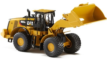 Caterpillar 582M wheel loader