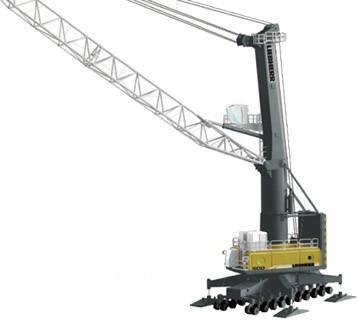 Liebherr LHM 500 harbor crane