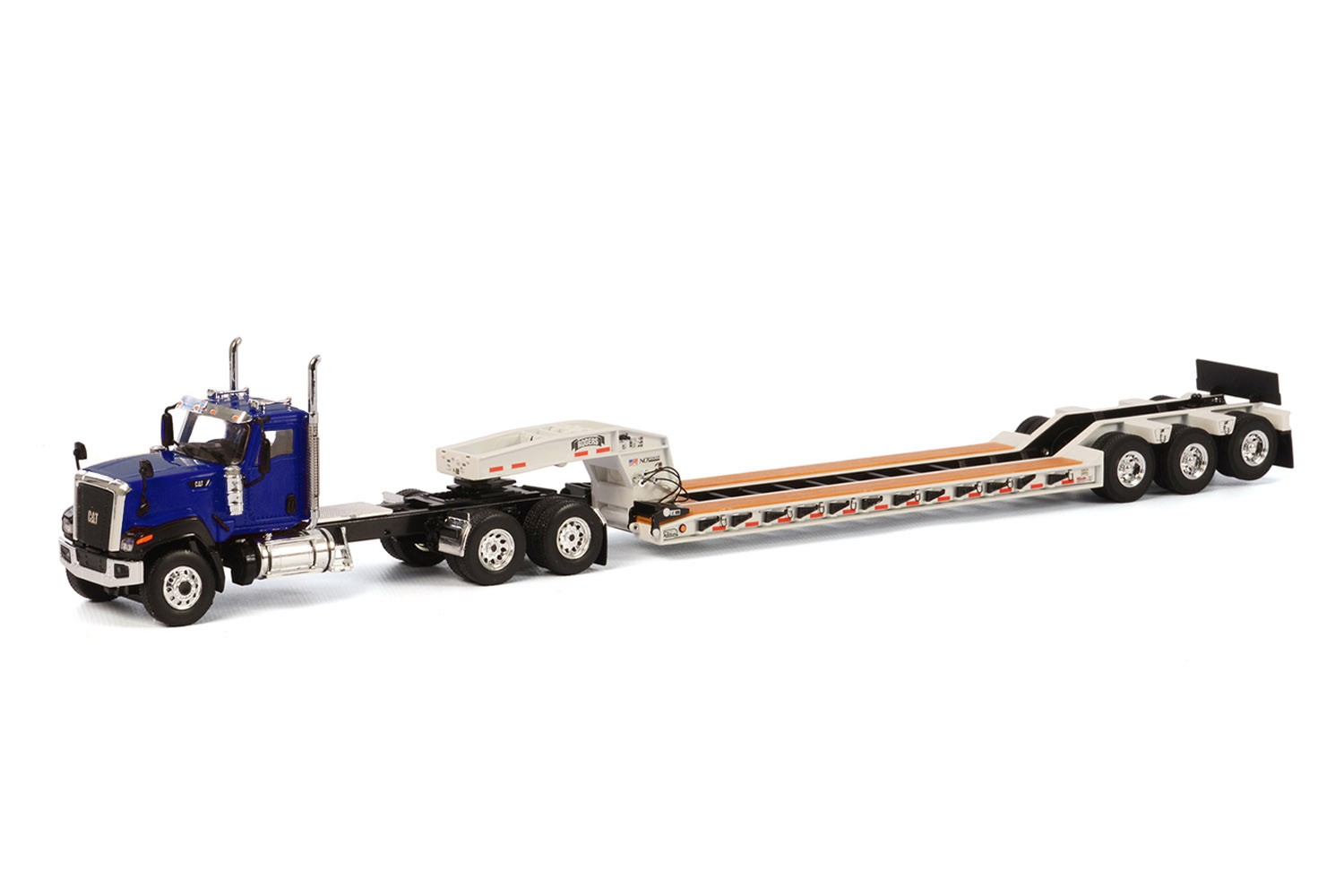 Caterpillar CT680 with 3 axle lowboy-Blue/White
