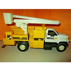 "GMC UTILITY/BUCKET TRUCK (PLASTIC)-""WISCONSIN POWER"""